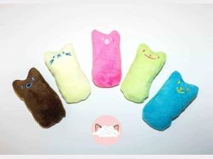 Knuffel met kattenkruid 5
